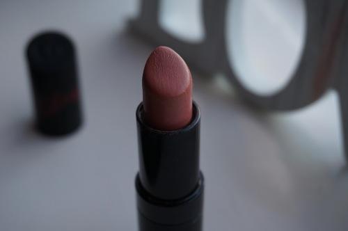 LipstickKMzwartopen